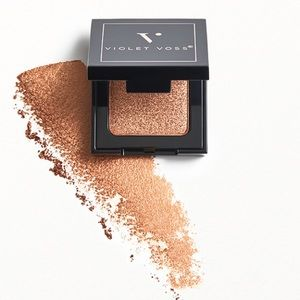 🍁5/$25 VIOLET VOSS Single Eyeshadow in Bare it All